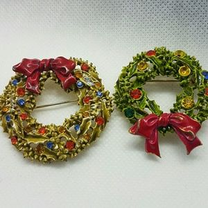 Vintage  Christmas wreaths pendants